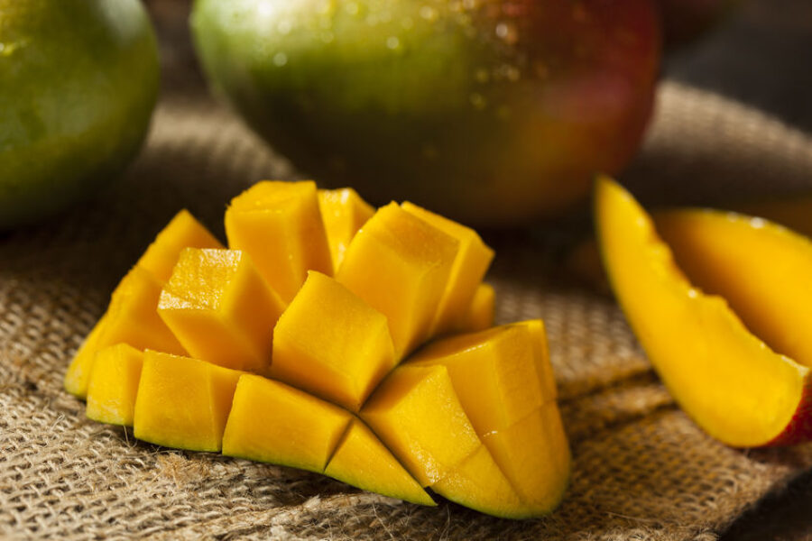 Mangos: the fruit with fans